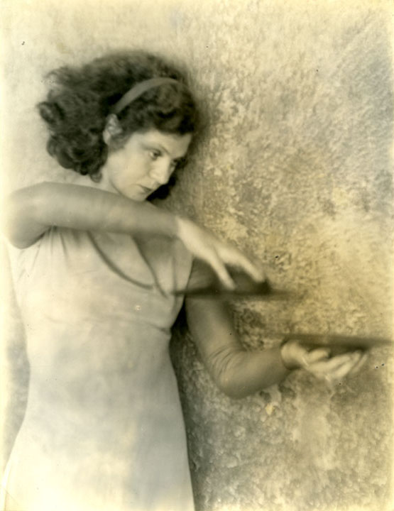 helen tamiris biography essay Tamiris, helen (née becker 1905–1966), us choreographer and pioneer in the development of modern dancehelen tamiris, who was born in new york, made her debut as a concert dancer in 1927.